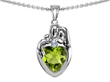 Original Star K™ Loving Mother And Father With Child Family Pendant With Heart Shape 8mm Genuine Peridot