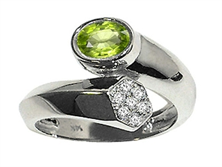 Genuine Peridot and Diamond Ring peridot diamond ring