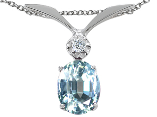 Tommaso Design(tm) Oval 7x5mm Genuine Aquamarine and Diamond Pendant