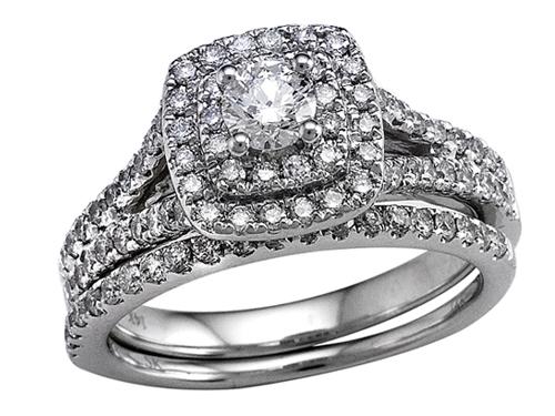 Round Diamonds Wedding Engagement Ring Set - IGI Certified