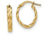 14k Yellow Gold Patterned Oval Hoop Earrings style: TF868